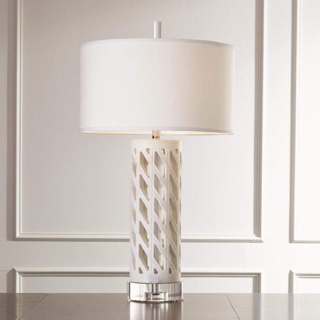 9.93044 Diamond Fret Lamp-White