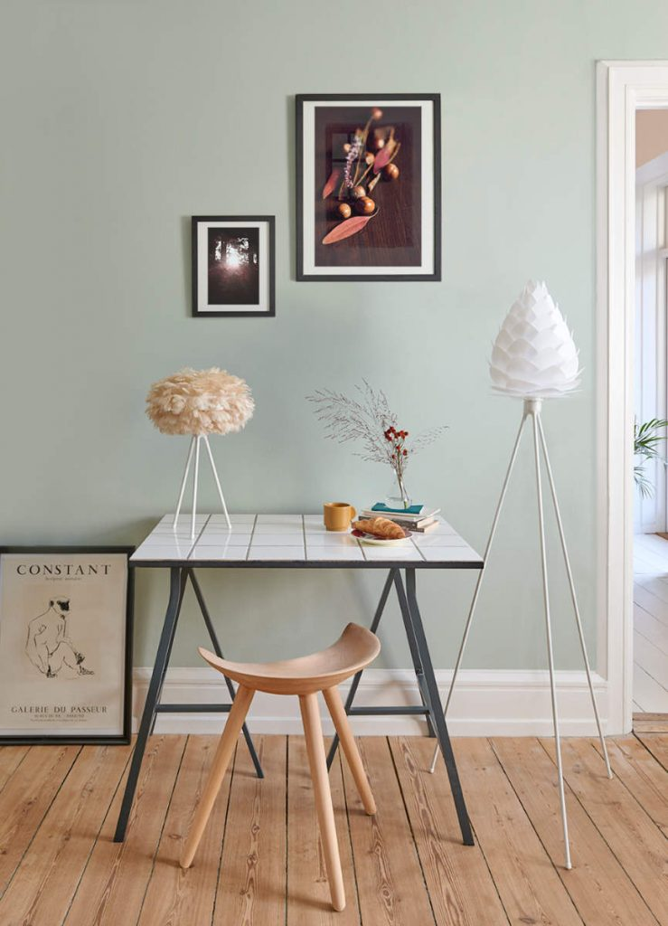 UMAGE_lifestyle_Eos Brown_Conia White_Tripod Table_Tripod Floor_Low Res